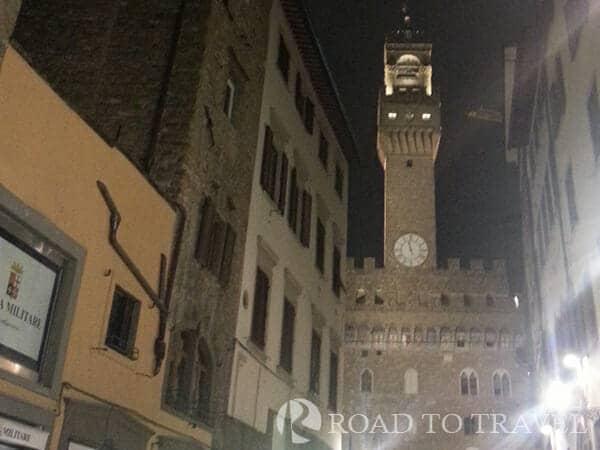 Palazzo Vecchio View of Palazzo vecchio from Via Vacchereggia.
