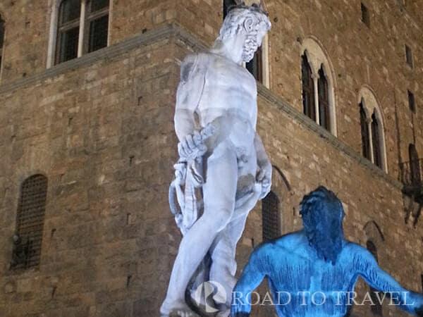 Fountain of Neptune - Florence Fountain of Neptune in Piazza della Signoria .