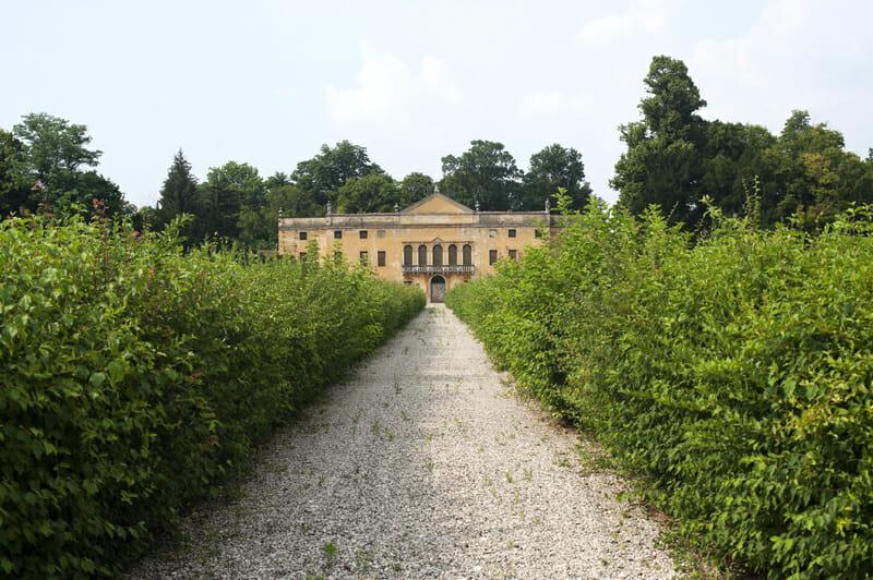 dreamstime s Colli eugenei villa