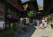 Interlaken: Brunngasse in Brienz
