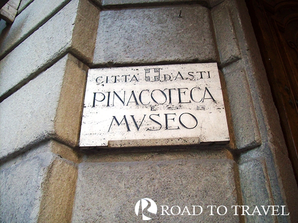 Palazzo Mazzetti - Asti Entrance of Palazzo Mazzetti, inside its halls the beautifuls pictures gallery and Civic Museum o Asti